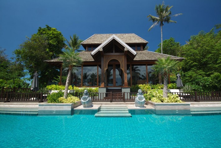 S212: SECLUDED COVE KOH SAMUI VILLA FOR SALE