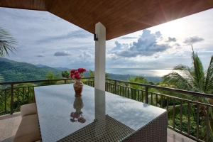 S748: KOH SAMUI VILLA FOR SALE WITH FANTASTIC SEA VIEWS