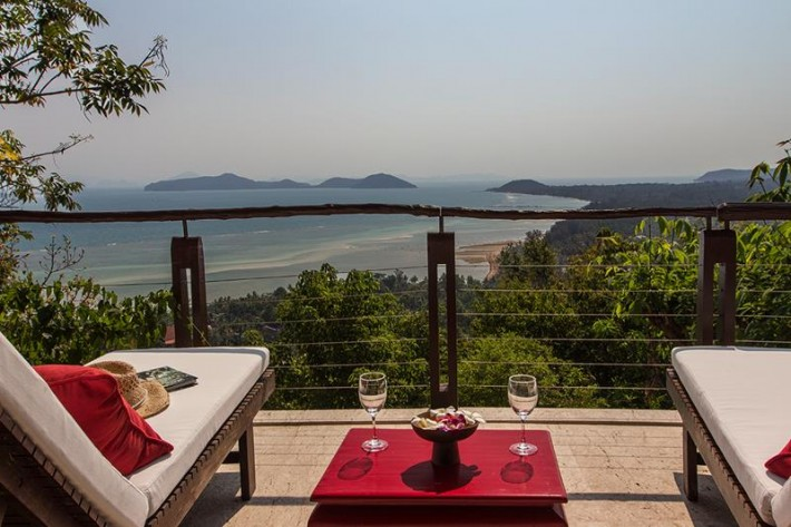 S901: KOH SAMUI VILLA FOR SALE WITH SPECTACULAR VIEWS & NATURAL SURROUNDINGS