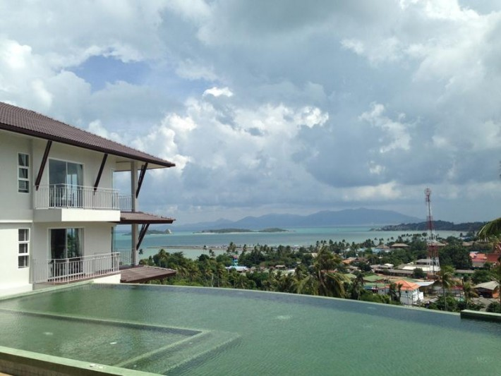 S789: CONDOS WITH SEA VIEW