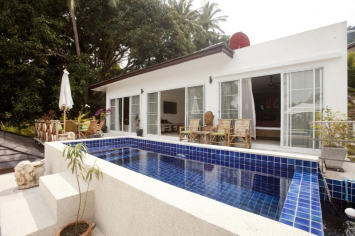 S625: 2 VILLAS WITH SHARED POOL