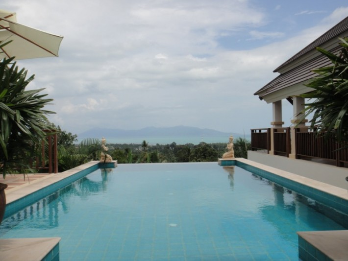 HILLSIDE SEA VIEW VILLA