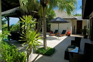 BEACH RESORT VILLA