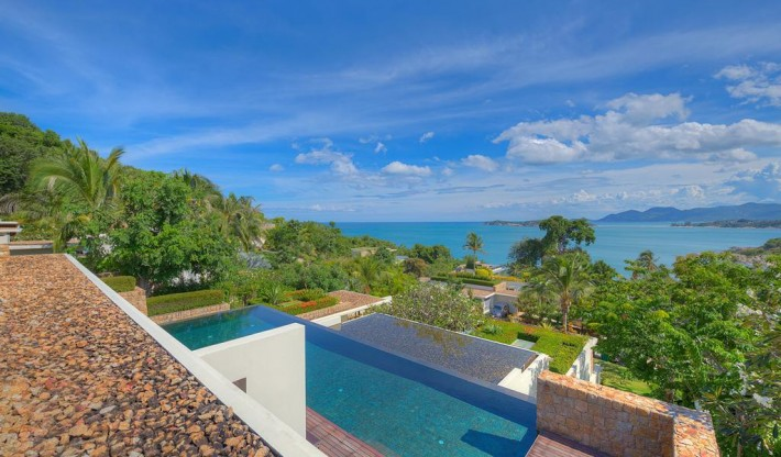 S571: LUXURY KOH SAMUI VILLA FOR SALE ON MANAGED ESTATE