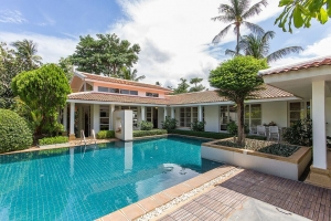 S1064: BEAUTIFUL VILLA FOR HOLIDAY RENTAL