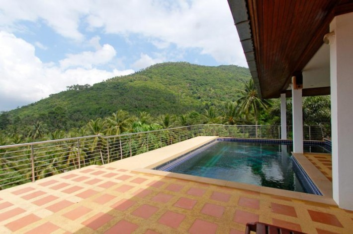S581: VILLA WITH AMAZING VIEW