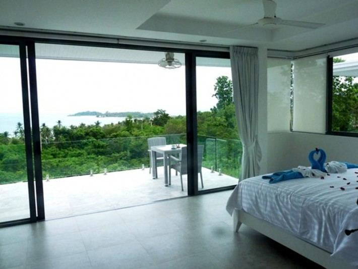 S769: SEA VIEW VILLA
