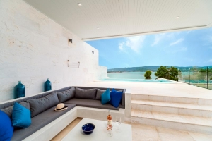 S1426: LUXURY KOH SAMUI VILLA CLOSE TO THE BEACH FOR SALE & RENT