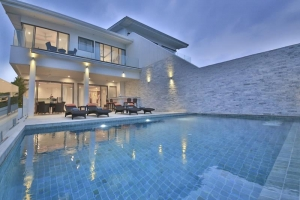 S1358: KOH SAMUI VILLA WITH STUNNING VIEWS FOR SALE