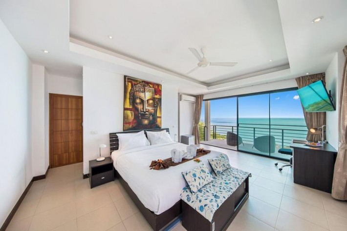 S832: SUBLIME SEA VIEW VILLA