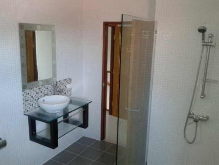 S985: KOH SAMUI TOWNHOUSE NEAR THE BEACH FOR RENT