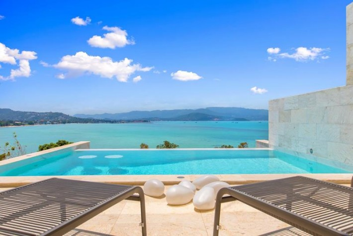 S1446: 8 BED KOH SAMUI VILLA WITH 2 POOLS FOR LONG TERM RENTAL