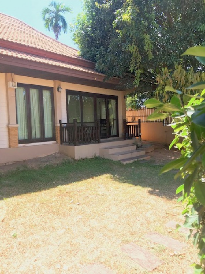 S1506: VILLA FOR RENT IN CENTRAL LOCATION