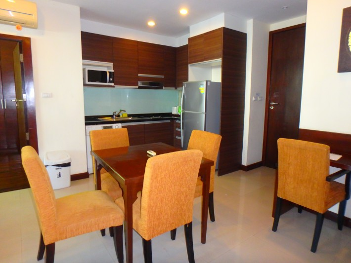 S168: 2 BED APARTMENT IN RESORT