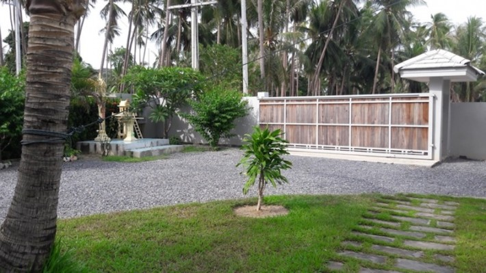 S1435: AUTHENTIC THAI LIVING IN A VILLA IN THE UNSPOILT SOUTH