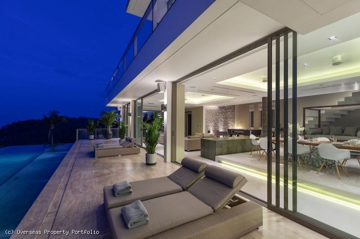 S1459: LUXURY KOH SAMUI VILLA FOR SALE
