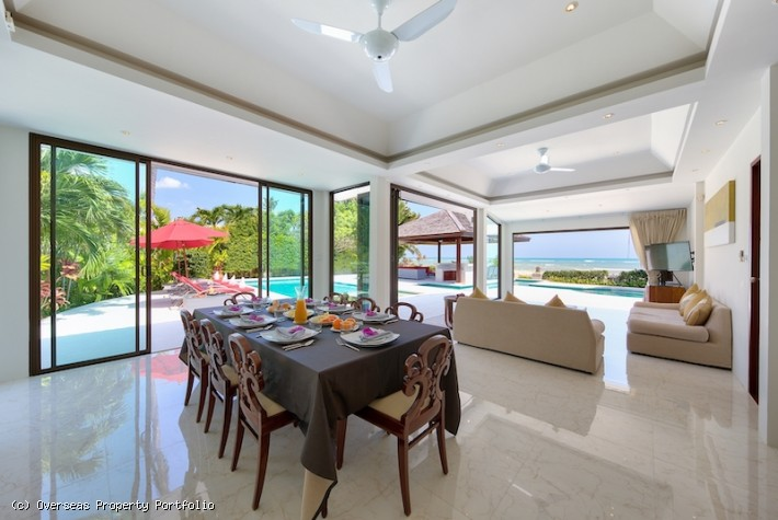 S1518: LUXURY BEACHFRONT KOH SAMUI VILLA FOR SALE