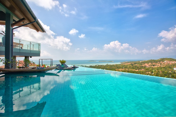 S1526: PALATIAL KOH SAMUI VILLA WITH PANORAMIC VIEWS