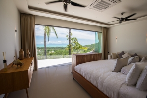 S1533: STUNNING KOH SAMUI VILLA WITH GREAT VIEWS