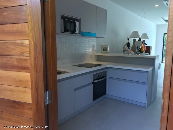 S1564: KOH SAMUI TOWNHOUSE FOR SALE IN PRIME LOCATION