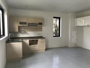 S1565: NEWLY BUILT KOH SAMUI TOWNHOUSE FOR SALE
