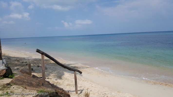 S1568: 6 RAI KOH SAMUI BEACHFRONT LAND FOR SALE