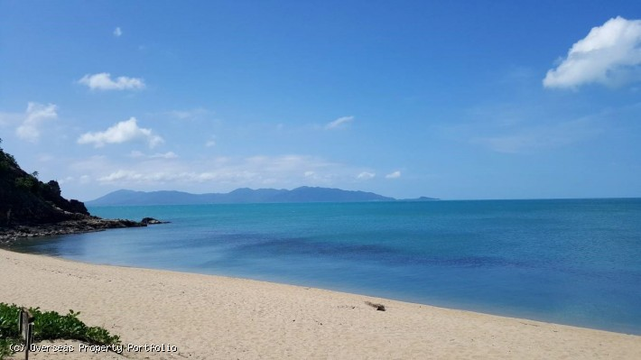 S1583: 8 RAI BEACHFRONT KOH SAMUI LAND PLOT FOR SALE