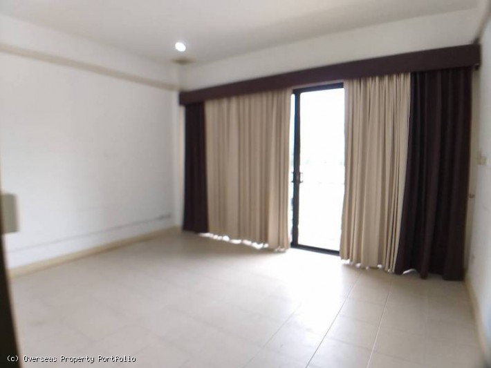 S1605: KOH SAMUI TOWNHOUSE/OFFICE IN GREAT LOCATION