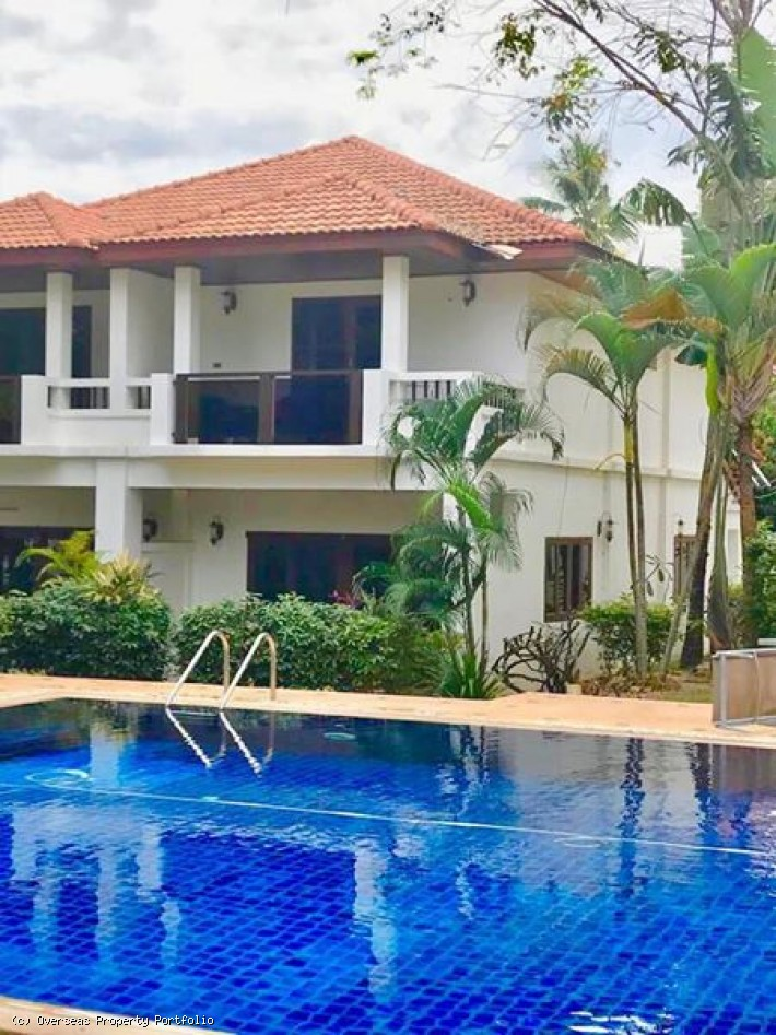 S1622: 2 BEDROOM KOH SAMUI TOWNHOUSE FOR SALE