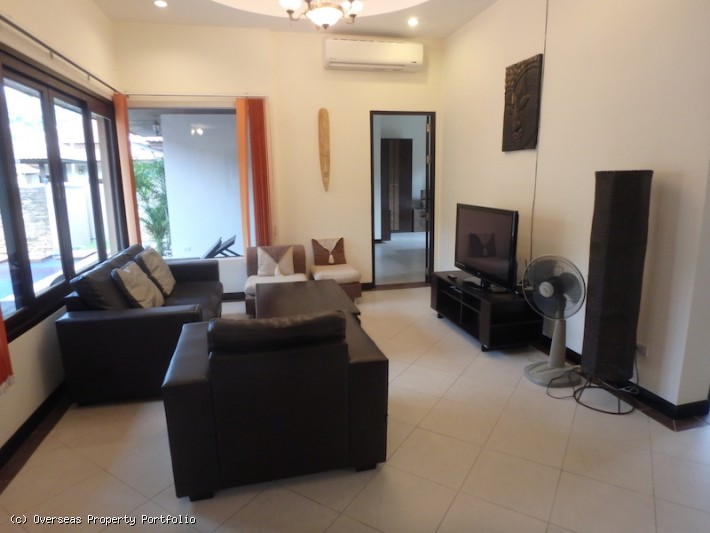 S1671: KOH SAMUI POOL VILLA FOR SALE IN CENTRAL LOCATION