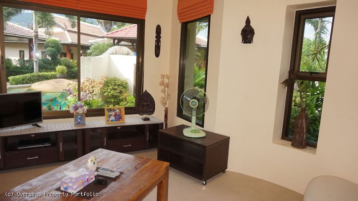 S1682: KOH SAMUI VILLA RESORT NEAR THE BEACH FOR SALE