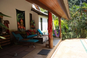 S1699: KOH SAMUI VILLA WITH EXTENSIVE GARDENS FOR SALE