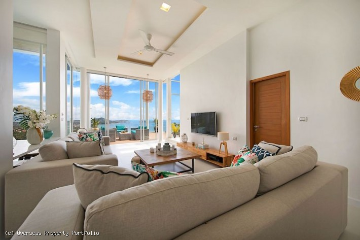 S1814: STUNNING KOH SAMUI VILLA WITH SEA VIEWS FOR SALE