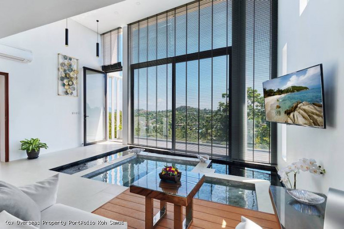 S1876: EXPANSIVE KOH SAMUI VILLA WITH STUNNING VIEWS FOR SALE