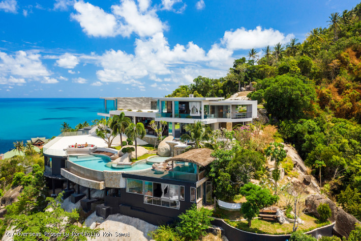 S1879: EXTRAORDINARY KOH SAMUI VILLA WITH PANORAMIC VIEWS FOR SALE