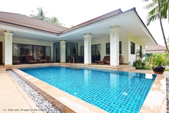 S1927: SPACIOUS KOH SAMUI VILLA IN QUIET LOCATION FOR SALE