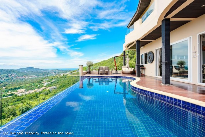 S1933: OPULENT KOH SAMUI VILLA WITH STUNNING VIEWS FOR SALE