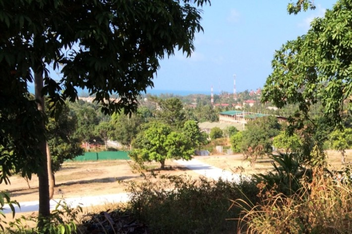 FLAT PLOTS WITH CHOENG MON VIEW