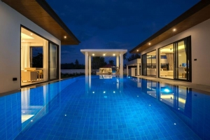 S898: 3 BED KOH SAMUI VILLA 400 METERS FROMN THE BEACH