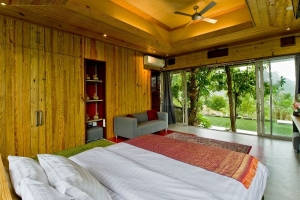 S1220: UNIQUE HILL TOP KOH SAMUI VILLA FOR SALE WITH STUNNING VIEWS