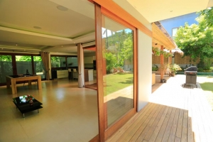 S974: IDEAL PRIVATE HOME WITH GARDEN FOR SALE