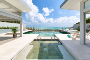 KOH SAMUI PROPERTY STUNNING BEACHFRONT