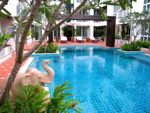 S969: FOREIGNER LEASEHOLD OR THAI OWNER