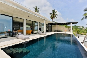 S1463: KOH SAMUI VILLA FOR SALE WITH STUNNING VIEWS & GREAT LOCATION