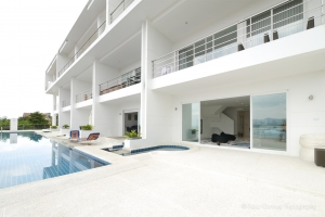 S1005: BREATHTAKING SEA VIEW DUPLEX